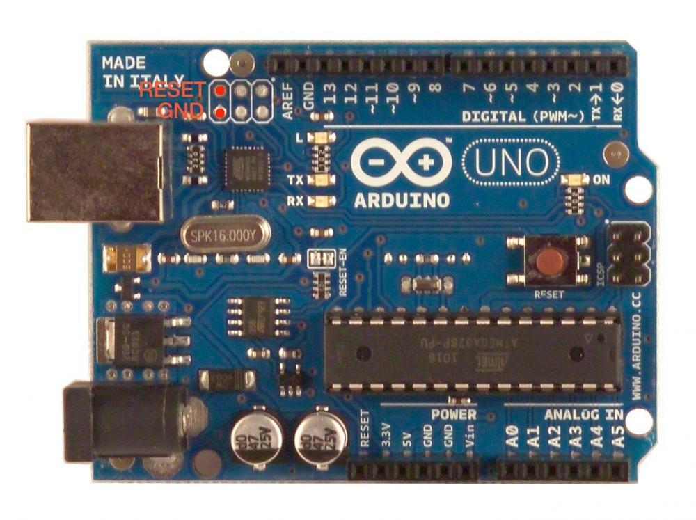 ArduinoUnoPinDaCortocircuitare.thumb.png.b908163a19c2a8bbea19bf9415f428f5.png